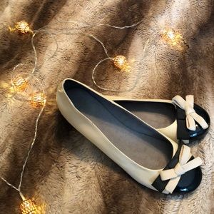 TopShop Cream and Black Flats with Bow